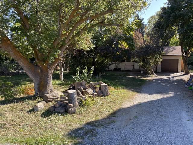 2214 3rd St, East Wenatchee, WA 98802 (MLS #720040) :: Nick McLean Real Estate Group