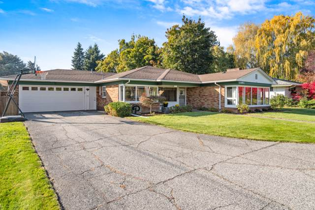 1201 Orchard Ave, Wenatchee, WA 98801 (MLS #720041) :: Nick McLean Real Estate Group