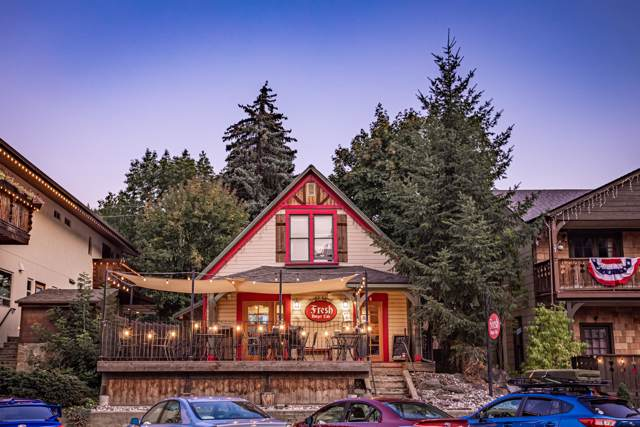 923 Commercial St, Leavenworth, WA 98826 (MLS #720271) :: Nick McLean Real Estate Group