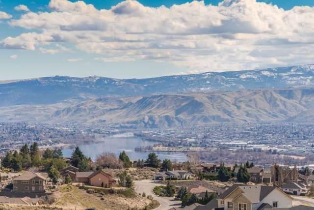 284 Burch Hollow Ln, Wenatchee, WA 98801 (MLS #720328) :: Nick McLean Real Estate Group