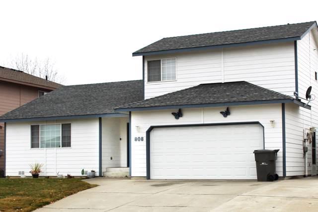 808 Poplar Ave, Wenatchee, WA 98801 (MLS #720360) :: Nick McLean Real Estate Group