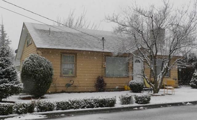 327 Terminal Ave, Wenatchee, WA 98801 (MLS #720497) :: Nick McLean Real Estate Group