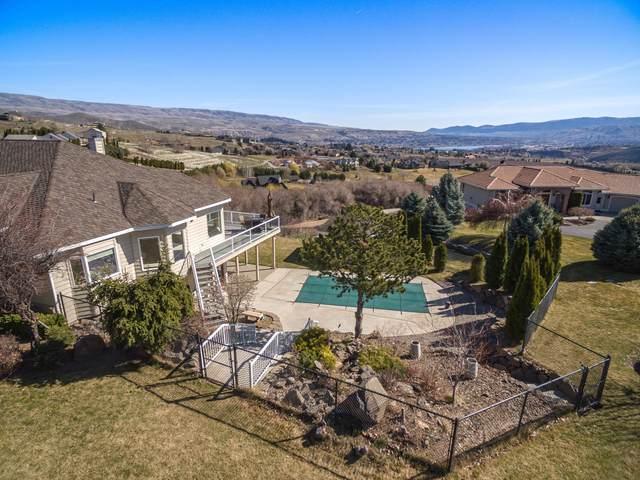 3945 W Eaglerock Dr, Wenatchee, WA 98801 (MLS #720865) :: Nick McLean Real Estate Group