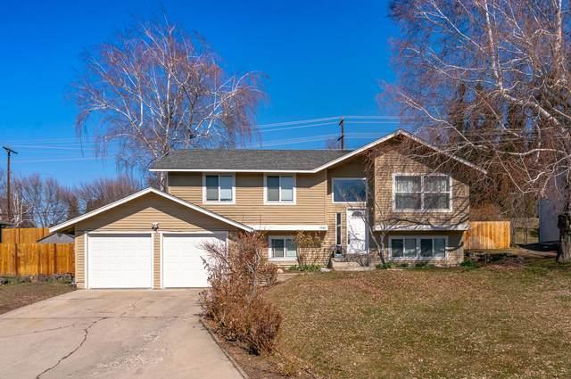 1401 Easthills Ter, East Wenatchee, WA 98802 (MLS #720937) :: Nick McLean Real Estate Group