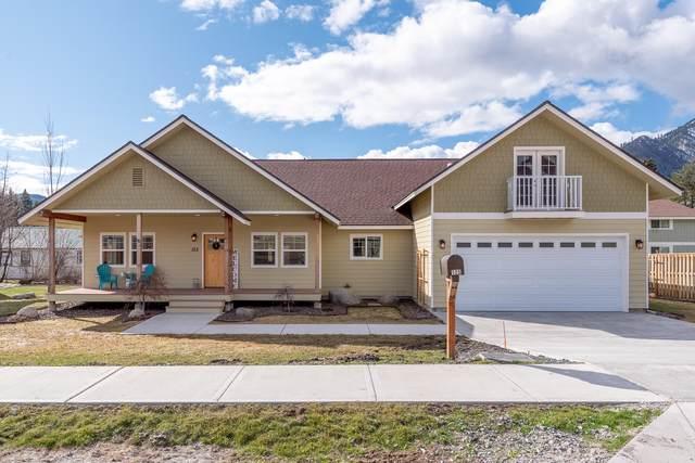 125 Pine St, Leavenworth, WA 98826 (MLS #720963) :: Nick McLean Real Estate Group