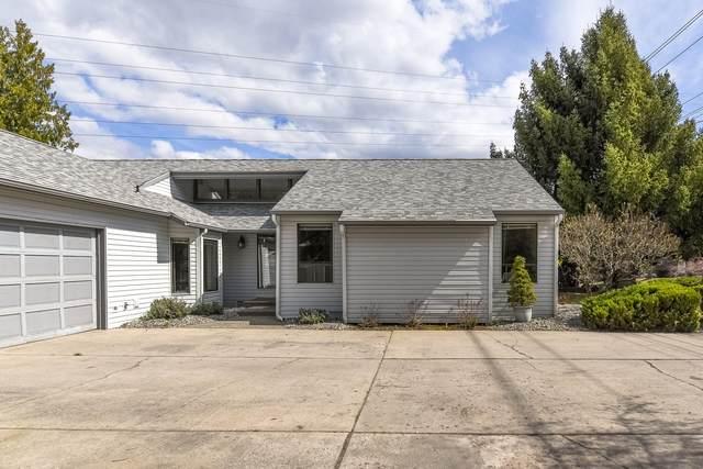1900 Number 2 Canyon Rd, Wenatchee, WA 98801 (MLS #720979) :: Nick McLean Real Estate Group