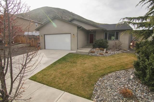 2128 Citation Loop, Wenatchee, WA 98801 (MLS #720986) :: Nick McLean Real Estate Group