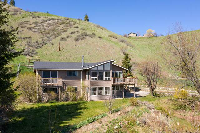 6876 Flowery Divide Rd, Cashmere, WA 98815 (MLS #721000) :: Nick McLean Real Estate Group