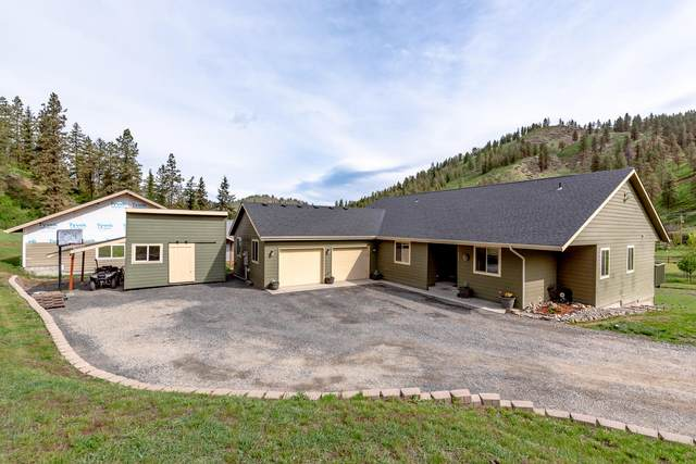 255 Corrigan Rd, Cashmere, WA 98815 (MLS #721179) :: Nick McLean Real Estate Group