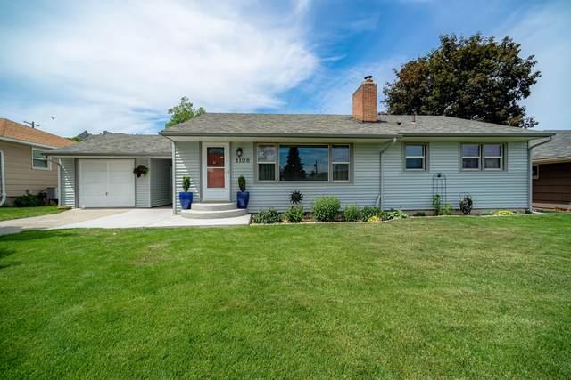 1108 Monroe St, Wenatchee, WA 98801 (MLS #721416) :: Nick McLean Real Estate Group