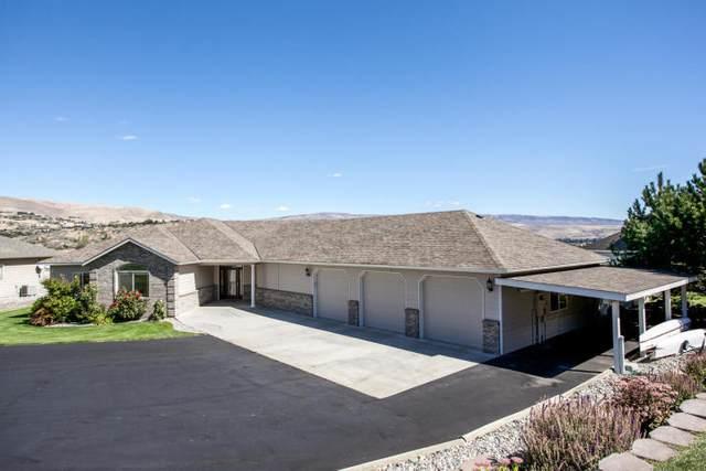 3035 Eastview Ln, Wenatchee, WA 98801 (MLS #722143) :: Nick McLean Real Estate Group