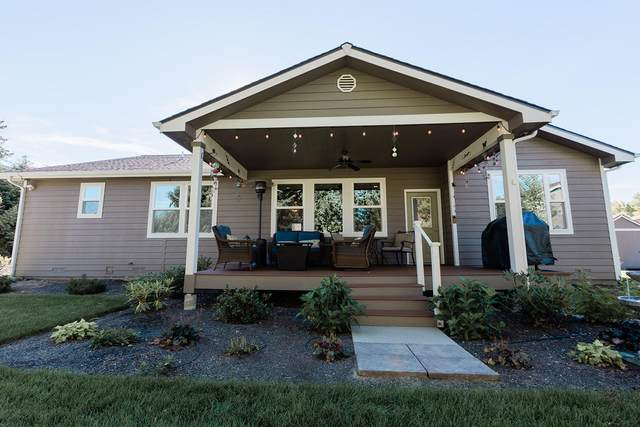 5804 Pioneer Dr, Cashmere, WA 98815 (MLS #722225) :: Nick McLean Real Estate Group
