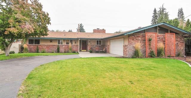 1521 N Astor Ct, East Wenatchee, WA 98802 (MLS #722371) :: Nick McLean Real Estate Group