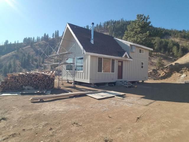 6734 Nahahum Canyon Rd, Cashmere, WA 98815 (MLS #722483) :: Nick McLean Real Estate Group