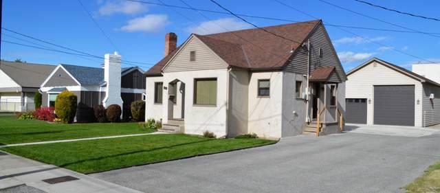 609 Hawthorne St, Wenatchee, WA 98801 (MLS #722589) :: Nick McLean Real Estate Group