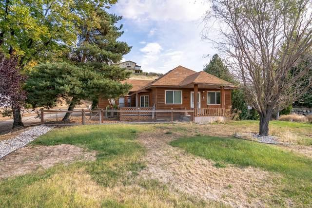 3825 Knowles Rd, Wenatchee, WA 98801 (MLS #722603) :: Nick McLean Real Estate Group