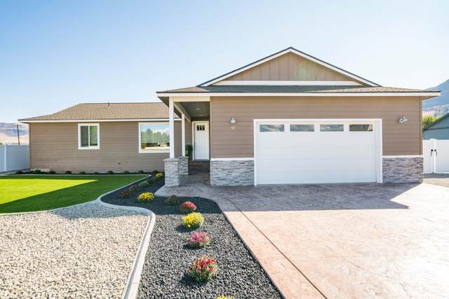 57 Margaux Loop, Malaga, WA 98828 (MLS #722618) :: Nick McLean Real Estate Group