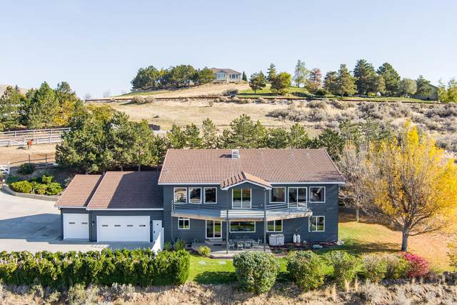4200 April Dr, Wenatchee, WA 98801 (MLS #722637) :: Nick McLean Real Estate Group