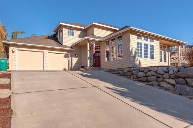 3629 Burchvale Rd, Wenatchee, WA 98801 (MLS #723007) :: Nick McLean Real Estate Group