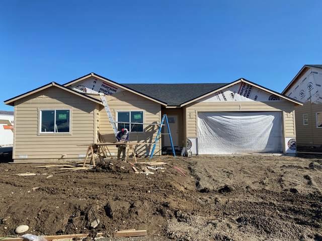 31 S Millbrook Loop, East Wenatchee, WA 98802 (MLS #723248) :: Nick McLean Real Estate Group