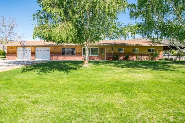 760 N Bradley St, Chelan, WA 98816 (MLS #723798) :: Nick McLean Real Estate Group