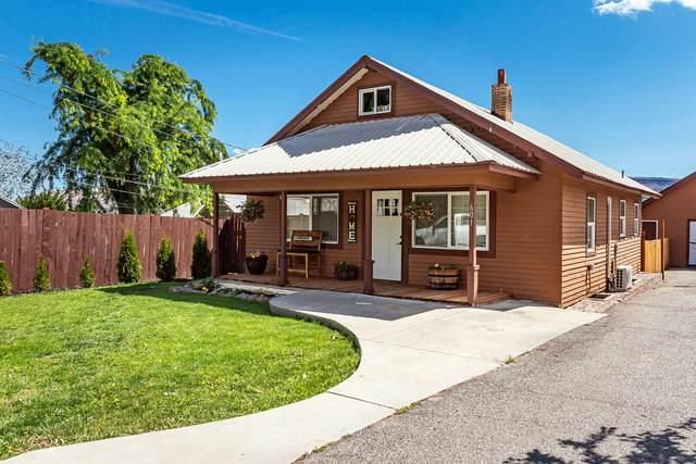 601 Sunset Ave, Wenatchee, WA 98801 (MLS #724089) :: Nick McLean Real Estate Group