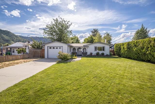 325 Tigner Rd, Cashmere, WA 98815 (MLS #724094) :: Nick McLean Real Estate Group