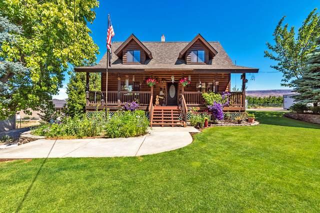 2715 8th St SE, East Wenatchee, WA 98802 (MLS #724172) :: Nick McLean Real Estate Group