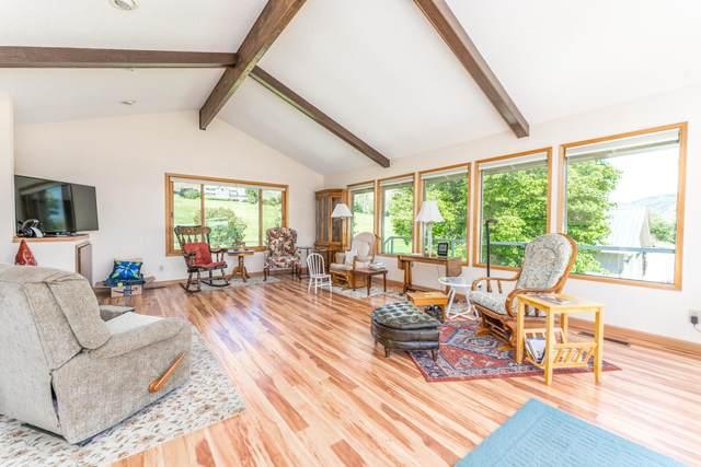 485 Stayman Flats Rd, Chelan, WA 98816 (MLS #724375) :: Nick McLean Real Estate Group