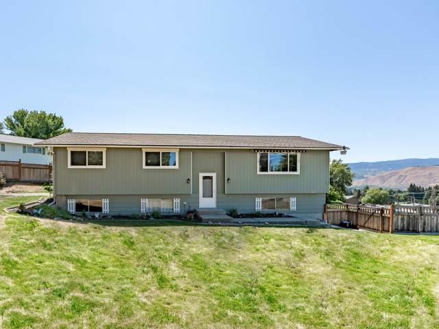 841 N Kentucky Ave, East Wenatchee, WA 98802 (MLS #724394) :: Nick McLean Real Estate Group