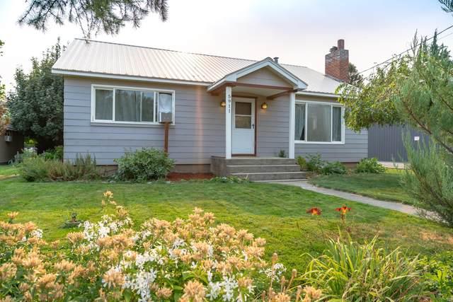 5911 Larson St, Cashmere, WA 98815 (MLS #724554) :: Nick McLean Real Estate Group