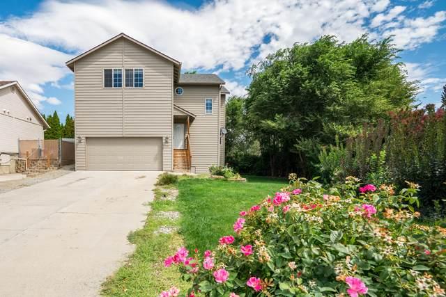 705 S Lexington Pl, East Wenatchee, WA 98802 (MLS #724623) :: Nick McLean Real Estate Group