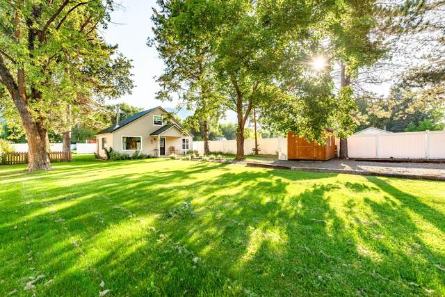 5907 Pioneer Dr, Cashmere, WA 98815 (MLS #724775) :: Nick McLean Real Estate Group