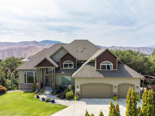 1085 Ridge Crest Dr, Wenatchee, WA 98801 (MLS #724868) :: Nick McLean Real Estate Group