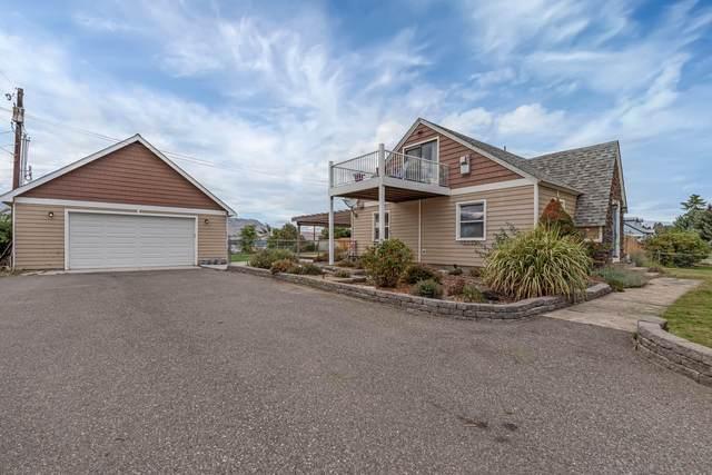 1108 N Baker Ave, East Wenatchee, WA 98802 (MLS #724943) :: Nick McLean Real Estate Group