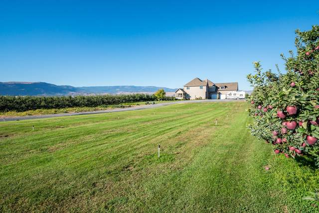 4601 8th St SE, East Wenatchee, WA 98802 (MLS #724951) :: Nick McLean Real Estate Group