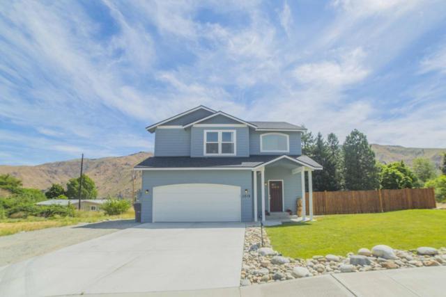1019 Crest Loop, Entiat, WA 98822 (MLS #713517) :: Nick McLean Real Estate Group