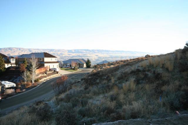 2055 Broadcrest Ct, Wenatchee, WA 98801 (MLS #714648) :: Nick McLean Real Estate Group