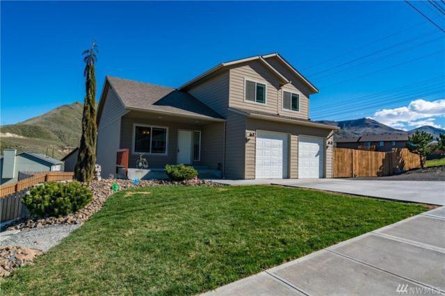 2083 Methow St, Wenatchee, WA 98801 (MLS #715052) :: Nick McLean Real Estate Group