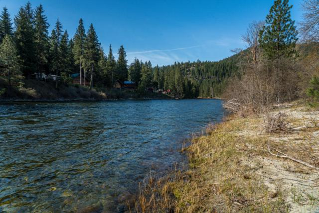 17649 River Rd, Leavenworth, WA 98826 (MLS #715597) :: Nick McLean Real Estate Group