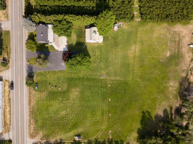 1105 Easy St, Wenatchee, WA 98801 (MLS #716115) :: Nick McLean Real Estate Group