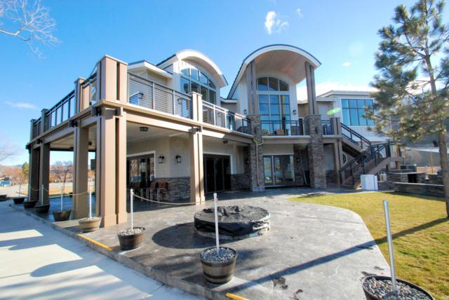1350 W Woodin Ave A6, Chelan, WA 98816 (MLS #716861) :: Nick McLean Real Estate Group
