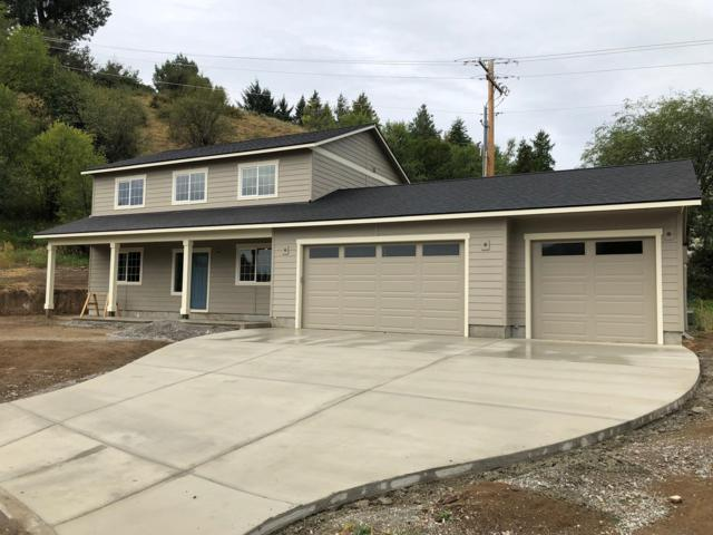 105 Hassan St, Cashmere, WA 98815 (MLS #719123) :: Nick McLean Real Estate Group