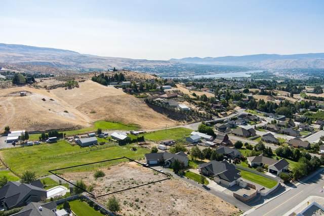 3992 Knowles Rd, Wenatchee, WA 98801 (MLS #720396) :: Nick McLean Real Estate Group