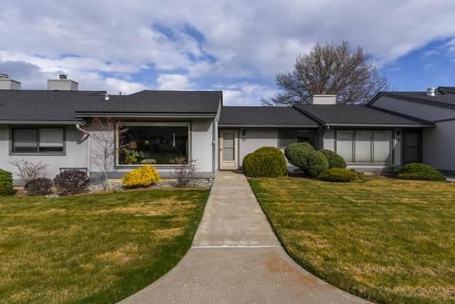 1310 Castlerock Ave #27, Wenatchee, WA 98801 (MLS #720943) :: Nick McLean Real Estate Group
