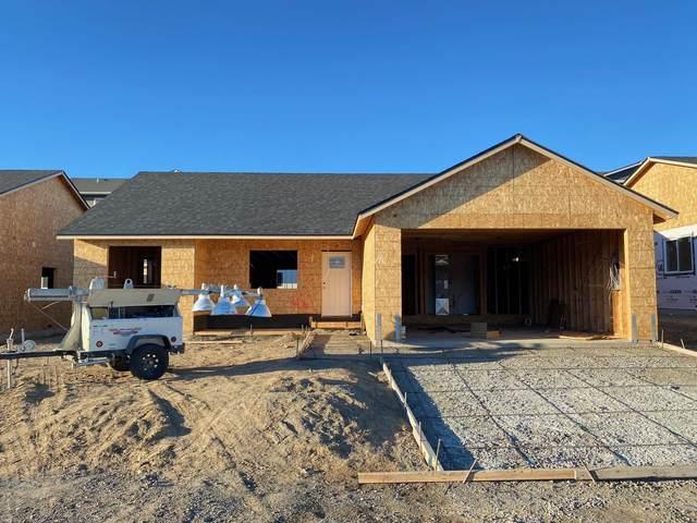 2259 S Mystical Loop, East Wenatchee, WA 98802 (MLS #722440) :: Nick McLean Real Estate Group