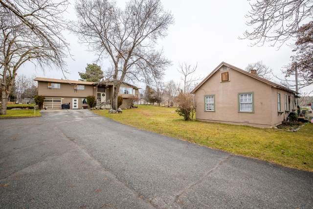 415 & 421 N Baker, East Wenatchee, WA 98802 (MLS #722960) :: Nick McLean Real Estate Group