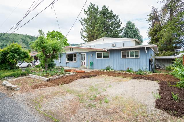 308 Orchid St, Cashmere, WA 98815 (MLS #724102) :: Nick McLean Real Estate Group