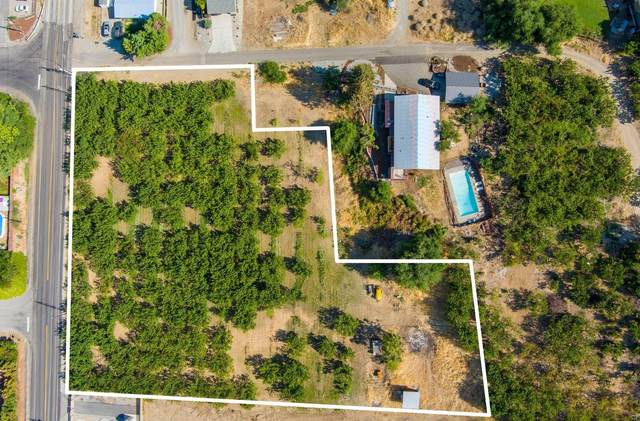 8888 NW Cascade Ave, East Wenatchee, WA 98802 (MLS #724386) :: Nick McLean Real Estate Group