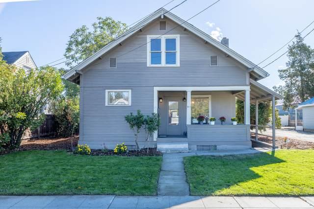 911 Orondo Ave, Wenatchee, WA 98801 (MLS #725037) :: Nick McLean Real Estate Group